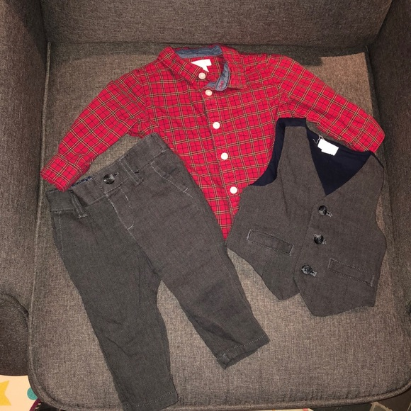 Gymboree Other - Baby boy 3 piece complete formal outfit.